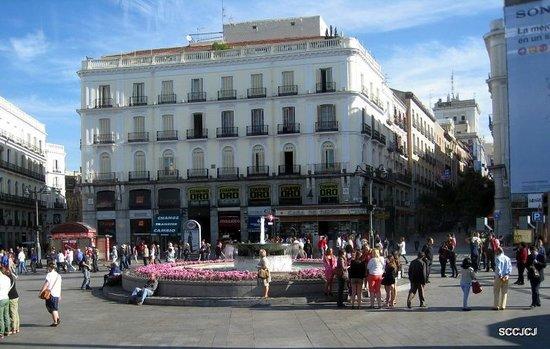 Puerta del Sol : Plaza del Sol