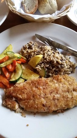 cedar breaks cafe: Pecan-crusted trout