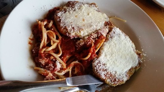cedar breaks cafe: Chicken parmesan