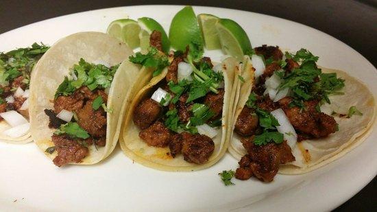 La Flor Mexican Restaurant And Cantina : Tacos al pastor