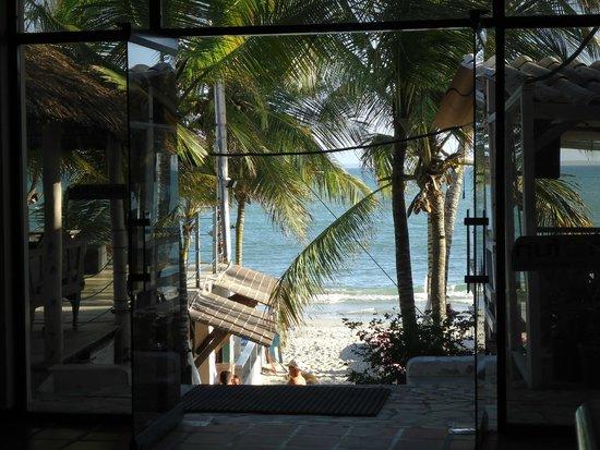 Hotel Surf Paradise: Vista desde la recepción