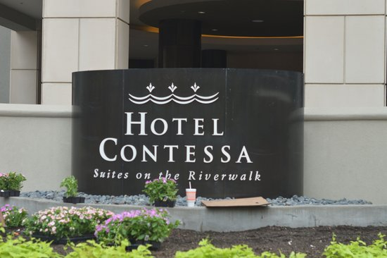 Hotel Contessa: Exterior shot