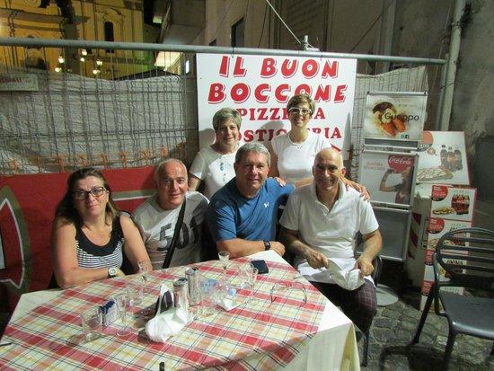 Il Buon Boccone : Awesome Friends