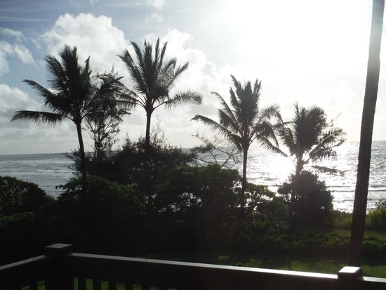 Castle Kaha Lani: The evening view from our balcony