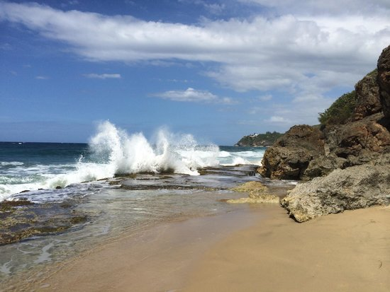 Coqui del Mar Guest House: Beaches in Isabela