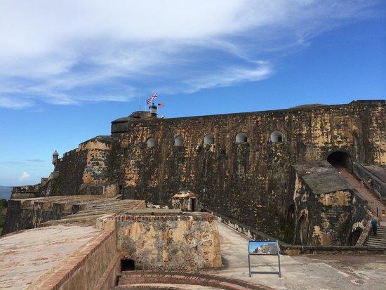 Coqui del Mar Guest House : El Morro - must do in San Juan