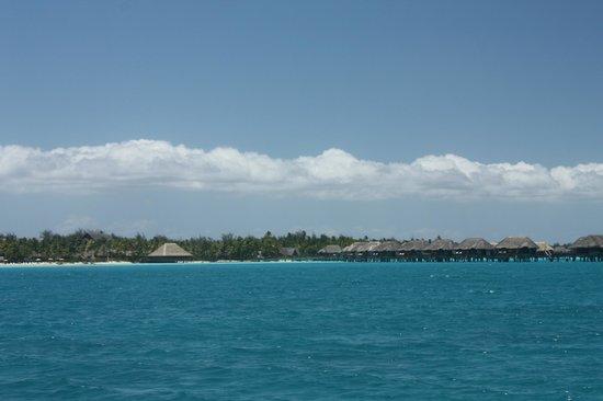 The St. Regis Bora Bora Resort : The view of the hotel