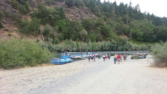 Hellgate Jetboat Excursions: Ok Carroll for lunch