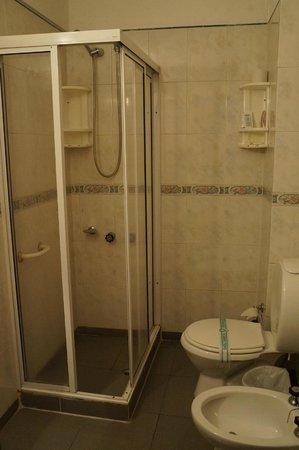 Fiamingo Apart Hotel : Banheiro