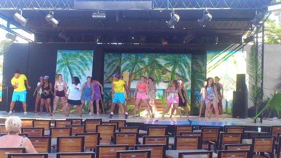 Soviva Resort : zomba dance soviva 2014