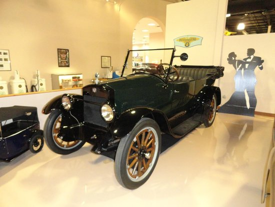 Dick's Classic Garage: The last known surviving 1919 Lone Star.