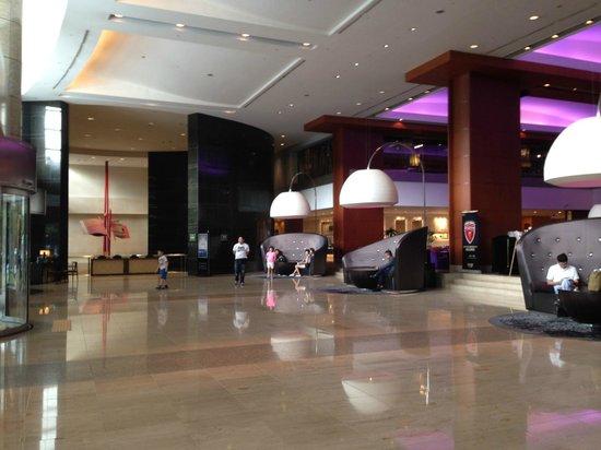 InterContinental Seoul COEX : COEX Intercontinental Hotel Lobby