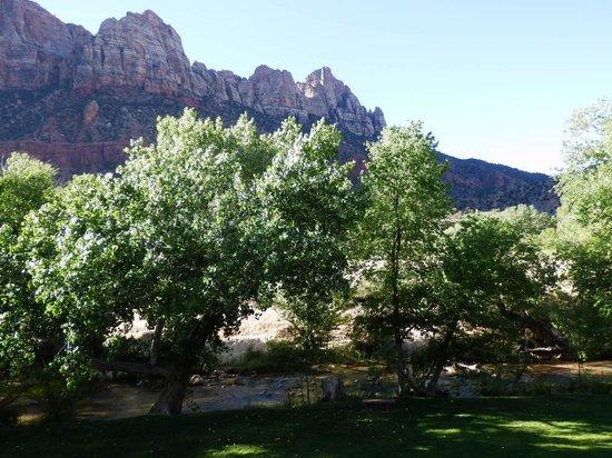 Desert Pearl Inn: View From Balcony