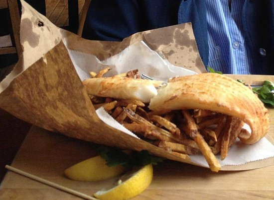 Frontier Cafe: fish & chips in a bag