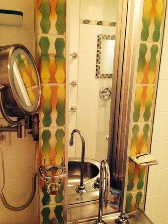 The Hotel of South Beach : Banheiro super limpo!