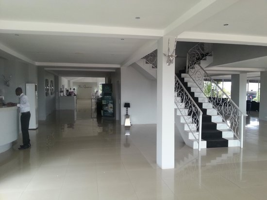 hall picture of the aknac hotel  accra tripadvisor