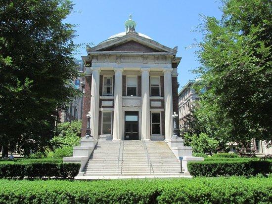 Columbia University: Architecture