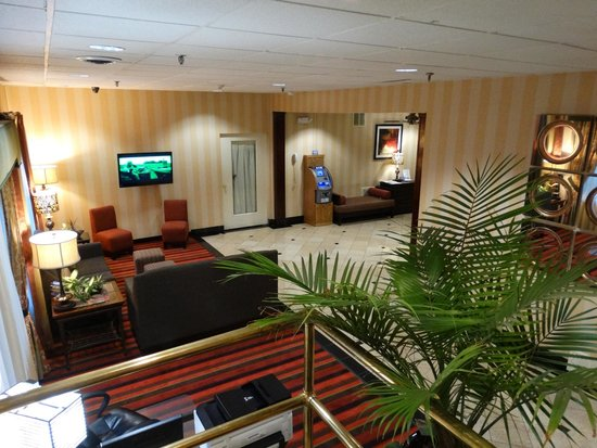 Best Western Mountaineer Inn : Lounge Area