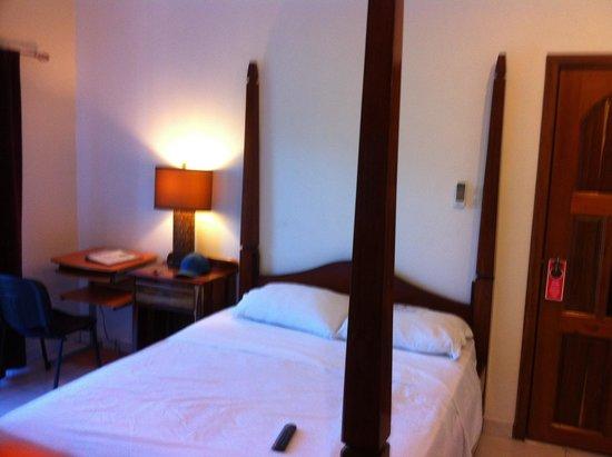 Hotel de la Fuente: Zimmer