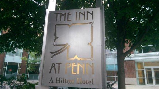 The Inn at Penn, A Hilton Hotel : Entrance