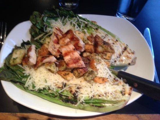 White Rose Bar & Grill: Grilled Chicken Caesar Salad...so good!