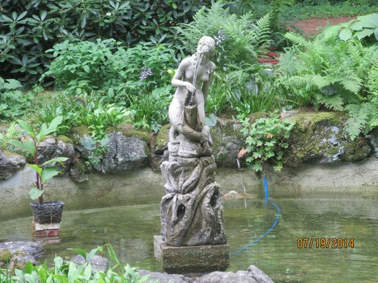 Yaddo Gardens: The statue at the bottom of the rock garden.