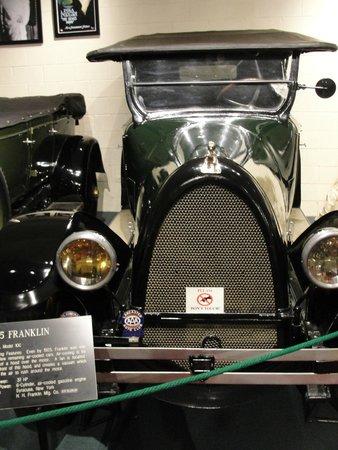 Luray Caverns : Car and Carriage Caravan Museum