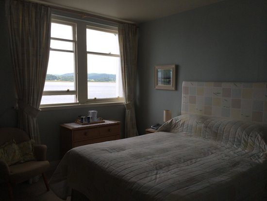 Crinan Hotel : Lovely airy room