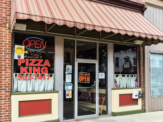 Pizza King in Downtown Wabash, IN