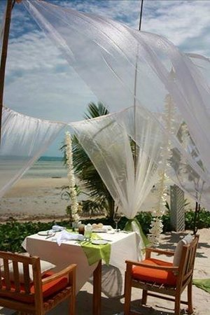 Mai Samui Resort & Spa: Birthday lunch on the beach