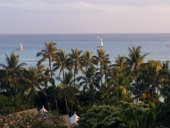 Hale Koa Hotel : View from our Balcony.