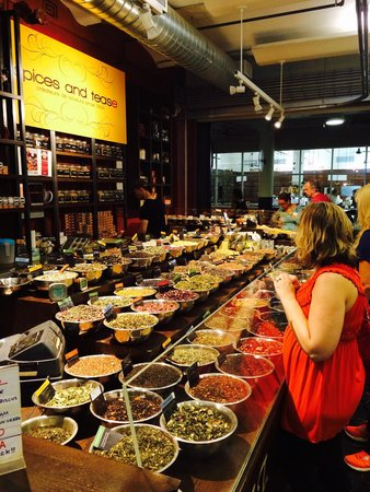 Chelsea Market: Spices and teas