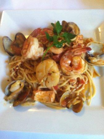 Riviera Restaurant: Spaghetti Pescatora