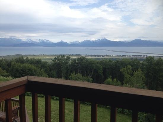 Maria's Majestic View Bed & Breakfast: veiw from the Rose Room