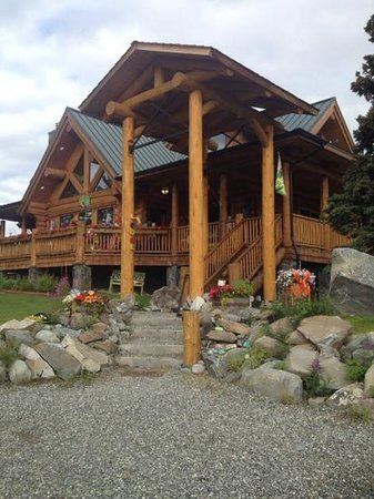 Matanuska Lodge: main lodge