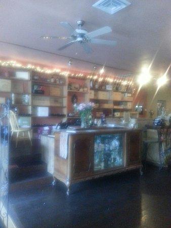 Dino's Ristorante Italiano: Dino's wine cabinets
