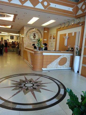 Alagon Central Hotel & Spa: Lobby