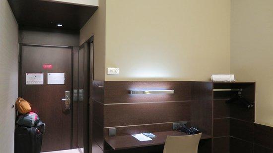 Moov Hotel Porto Centro: Double room 306