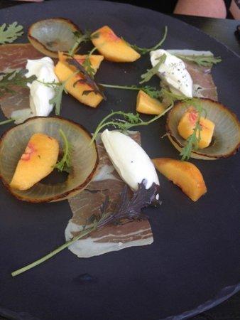Solbar - Solage Calistoga: peach salad