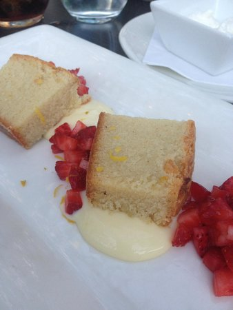 Solbar - Solage Calistoga: strawberry shortcake