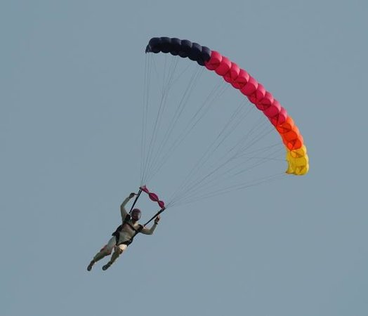 Grand Bend Sport Parachuting Center - Private Jumps