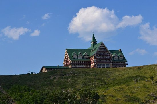 Waterton Sline Cruise Co Prince Of Wales Hotel From The Boat On Upper