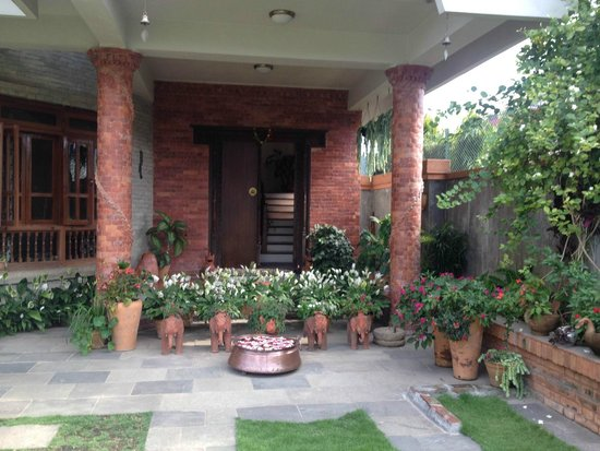 Vardan Resort n' Apartment: Gate