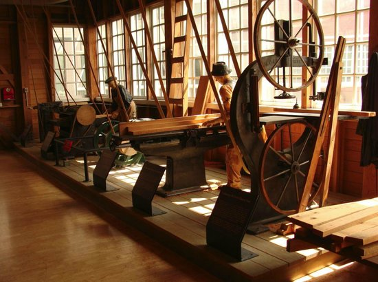 The Museum of Flight : Early wooden aircraft factory.