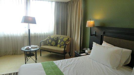 Centara Hotel Hat Yai : room