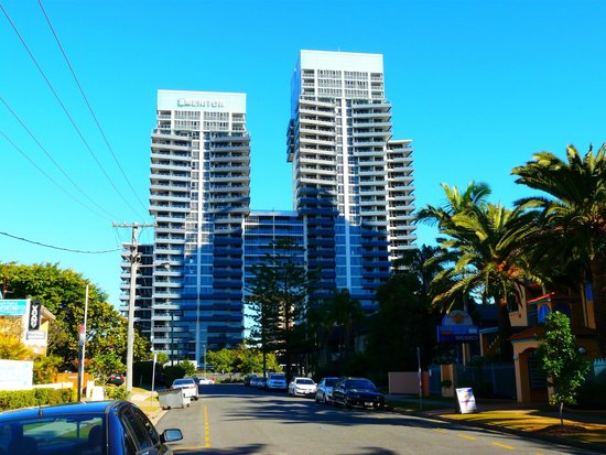 Vue océan - Picture of Meriton Serviced Apartments ...
