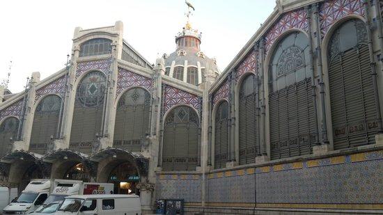 Plaza del Mercado (Plaça del Mercat): Beautiful Mercat