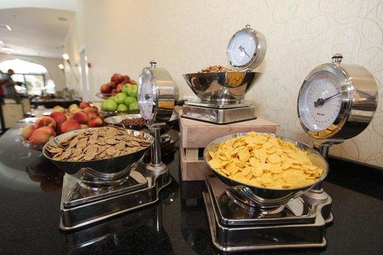 Eldan Hotel: Breakfast2