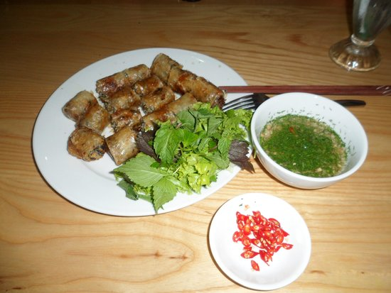 Minh Thuy's Family Restaurant : Crab sping rolls