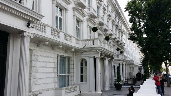 Photo of Henry VIII Hotel taken with TripAdvisor City Guides